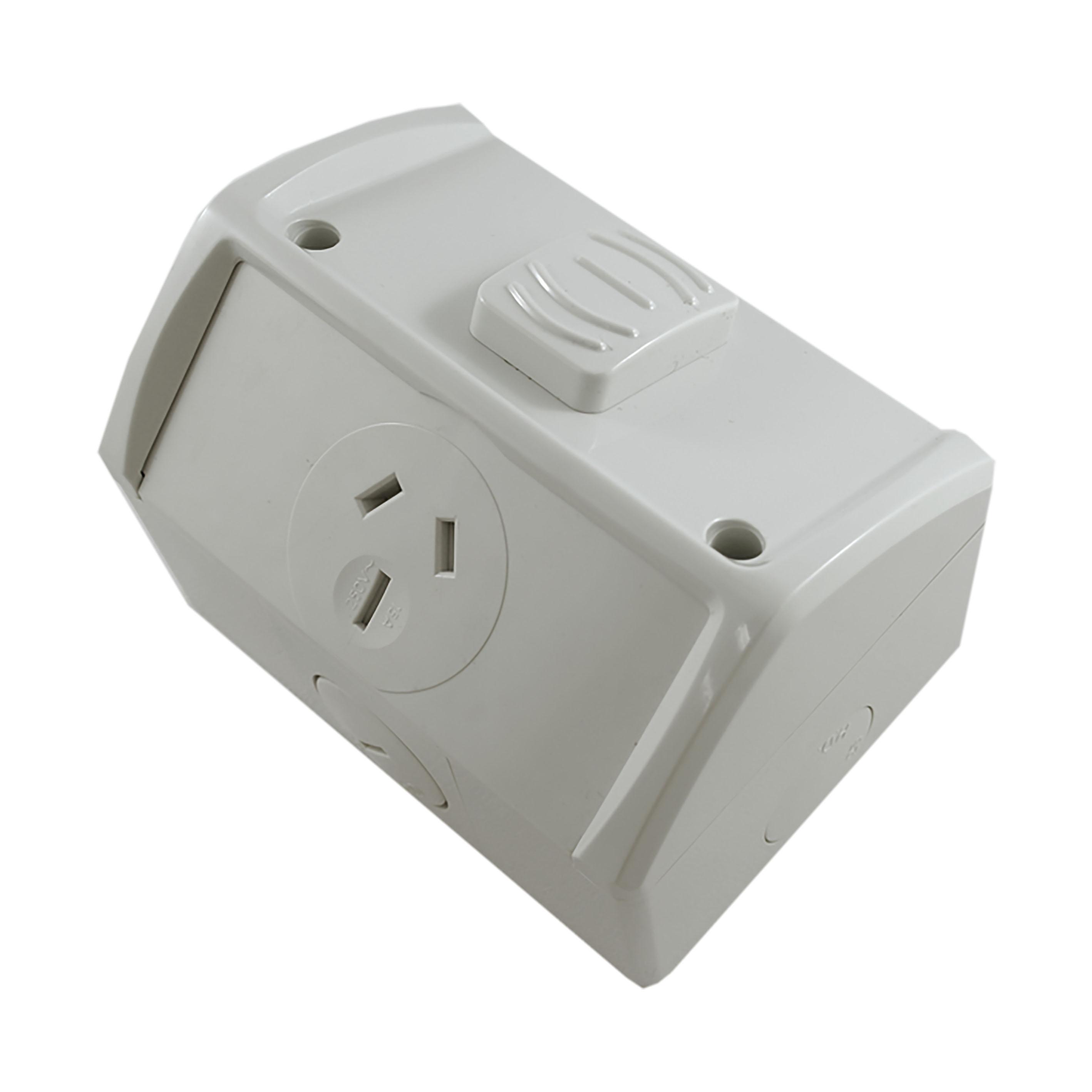 Buy a Single Weatherproof Socket Outlet 15A - NEW STYLE Online in ...