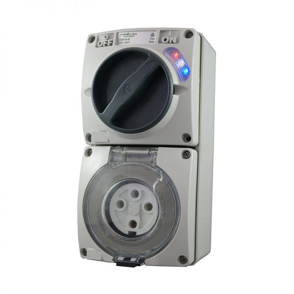 Combination Switched Outlet 32A 500V AC 4 Pin