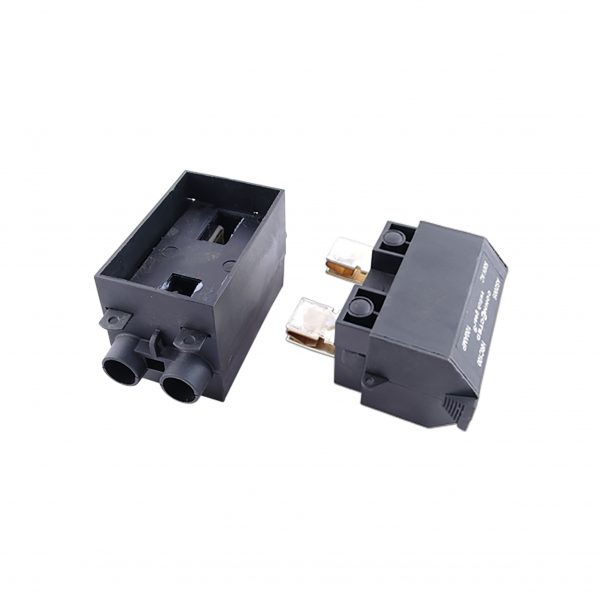 front wired service fuse 100a