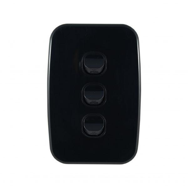Light Switch 3 Gang Vertical Black 10A | LUNA Series